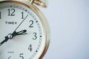 おしゃれな目覚まし時計