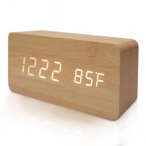 木目調目覚まし時計