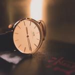 シンプル腕時計