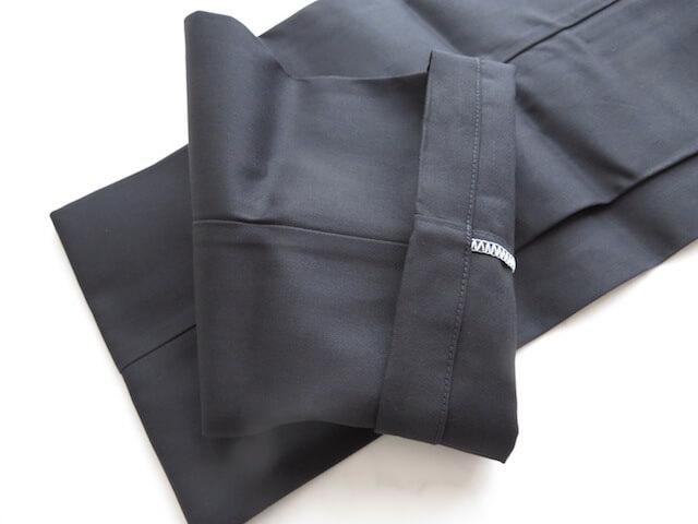 ディッキーズ874の裾口部分