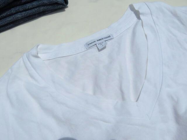 ジェームスパースのVネックTシャツ