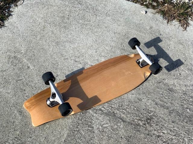 スケートボード31インチ